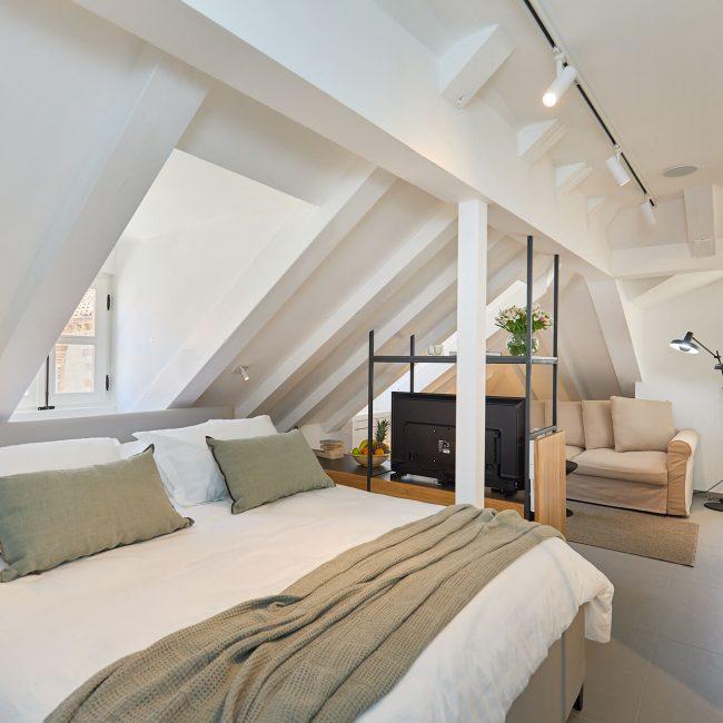 bedroom zagabria apartment